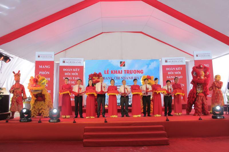 Khai Truong Agribank Chi Nhanh Ha Tinh 01