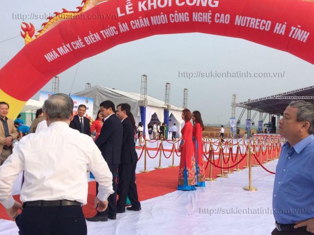 Lễ khởi công nhà máy chế biến thức ăn chăn nuôi công nghệ cao NUTRECO Hà Tĩnh